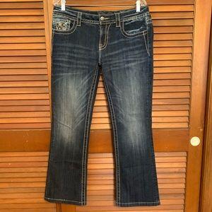 Miss Me Jeans - Miss Me Sz 31 Silver Flower Back Pocket Detail ❤️